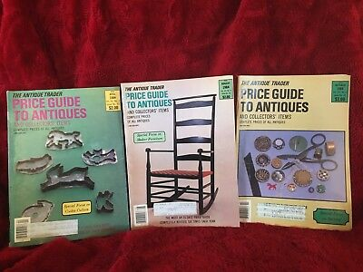 Lot 3 THE ANTIQUE TRADER PRICE GUIDE TO ANTIQUES 1984