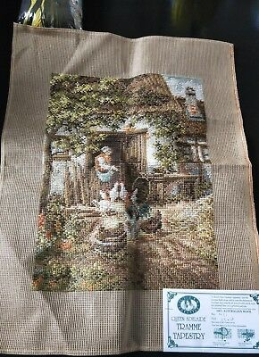 BRAND NEW QUEEN ADELAIDE Trammed TAPESTRY CANVAS & WOOL No. N31