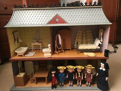 Vintage 1990s Madeline Old House In Paris   Dollhouse, Furniture, And Dolls  Set
