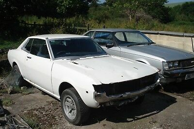 Toyota Celica TA22 1976 project barn find 2TG