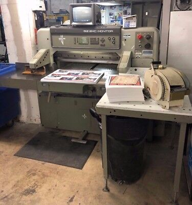 """Polar Model 92 Emc Mon 36"""" Programmable Paper Cutter With Air Table"""