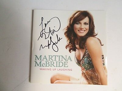 Signed Autograph CD Booklet Martina McBride - Waking Up Laughing
