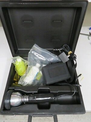 Spectroline TLK-100  Fluorescent leak detection kit in case - NB24