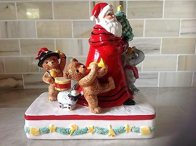 "Schmid Christmas Music Box 1993 "" Here Comes Santa Claus"""