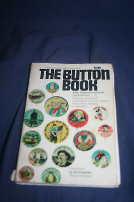 Vintage Collectible The Button Book Second Printing 1972