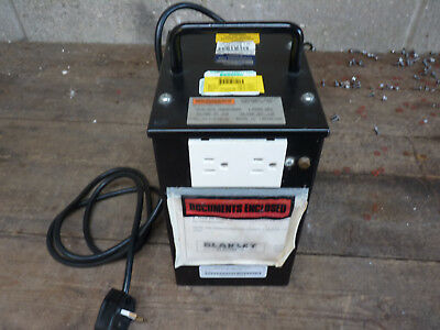 240V to 110V 2KVA Auto Transformer Blakley Electrics Cased Used Tested