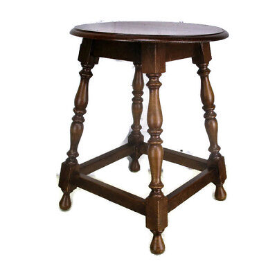Small  hand Carved  Oak  Side Occasional Wine Table Pedestal Crutch Bobbin Legs