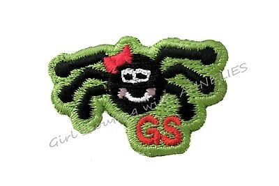 HALLOWEEN SPIDER PIN, Girl Scouts GSUSA Cute Brooch Smiling w/Bow Combine Ship
