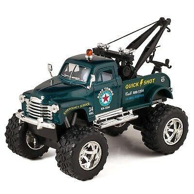 """Green 1953 Chevy Off-Road Wrecker Die Cast Tow Truck Toy with Monster Wheels 5"""""""