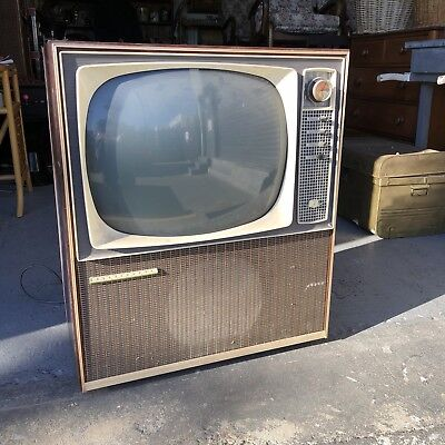 Early Kelvinator Black and White 1950's 60s TELEVISION TV