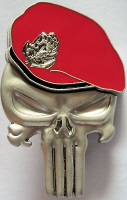 PUNISHER / BERET ROUGE RPIMA PARA COLO format insigne militaire 5 x 3,3 cm