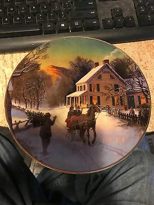 1988  Avon  Christmas Plate--Home For The Holidays-Trimmed 22K Gold