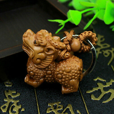 Fashion Wood 3D Carving Wealth Pixiu Statue Sculpture Pendant Lucky Key Chain