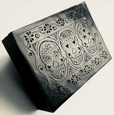 "Collector's ""Day of The Dead"" 7""/18cm Heavy 1kg Black Marble Skeleton Cigar Box"
