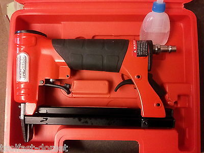 Tacwise A7116V Pneumatic Upholstery Stapler PLUS 200,000 10mm staples!!