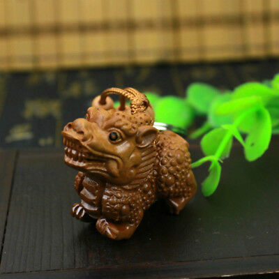 Hot Wood 3D Carving Wealth Pixiu Pi Yao Statue Sculpture Pendant Lucky Key Chain