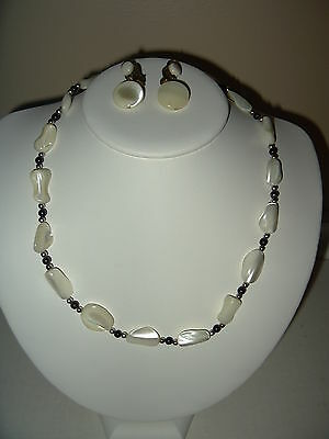 Vintage Mother Of Pearl Unusual Shaped Bead Necklace & Clip Earrings