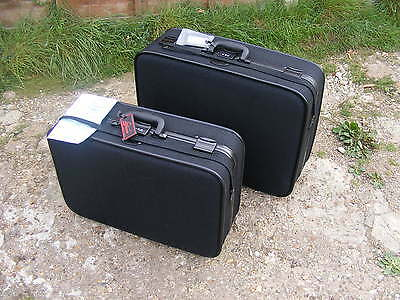 Pair of Vintage SKYWAY 60s 70s Tweed Retro Rolling Travel Suitcases Luggages