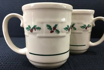 Set Of 2 Longaberger Traditional Holly Christmas Holiday Mugs 12 Oz Made In USA