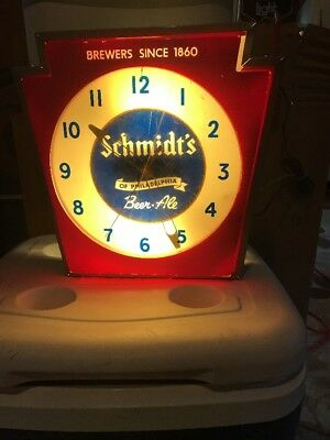 Vintage Schmidt's Beer Clock Light Keystone Ale Working!