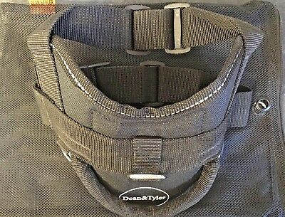 """Dean And Tyler Dog Harness Xs 20-23"""" Girth."""