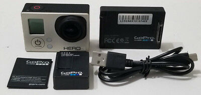 GoPro HERO3 White Edition Action Camera Wi-Fi CHDHE-301 W/LCD Touch Screen