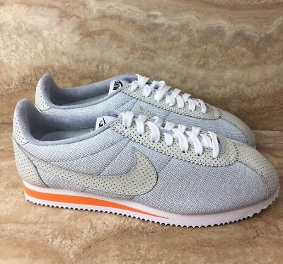 low priced 563a8 59a9c Nike ID Classic Cortez Premium Running Shoes Size 9.5 Gray Beige White