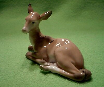LLADRO Hand Made in Spain small DEER at rest. B 14 S two artist's marks.Pristine