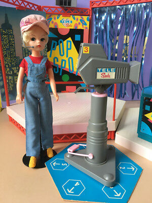 REDUCED 80s toy dolls TV television studio theatre set Sindy clothes SHIMMYSHIM