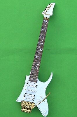 New Personalized Electric Guitar Small Mini Version Of Patented Products