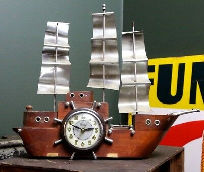 Vintage United Metal Goods Electric Nautical Sailing Ship Clock w/ Lighted Sails