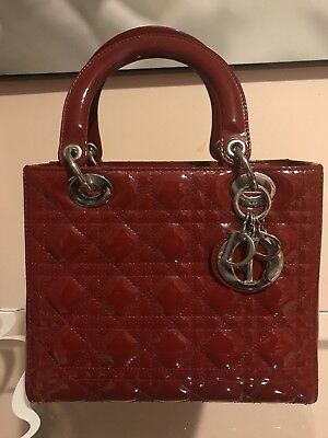 CHRISTIAN DIOR LADY Dior Bag Beige Patent Leather Medium 5 Quilts ... 0b72331a93
