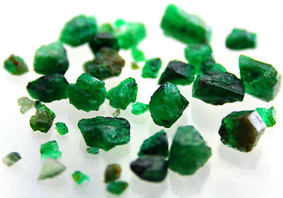 34 Carat Natural rough emerald crystals from swat Pakistan size L-11 W-7 MM