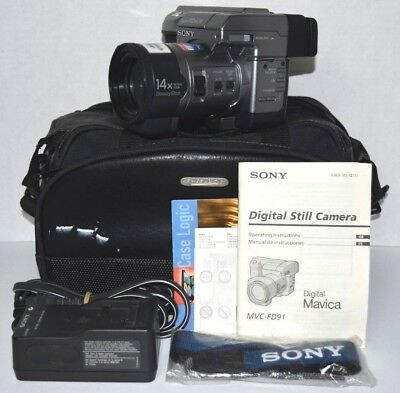 "Sony Digital Mavica MVC-FD91 3.5"" Floppy Disk Camera w/ Accessories  - Working"