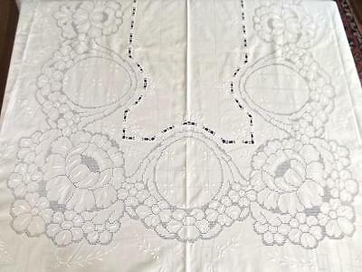 Antique White Linen 66x132 Banquet Tablecloth w/ Fabulous Hand Embroidery Lace