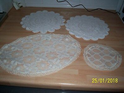 doilies assorted sizes white