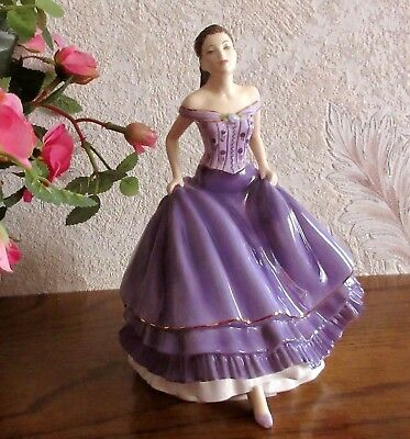 figurine Royal Doulton pretty ladies en porcelaine - HN 5545