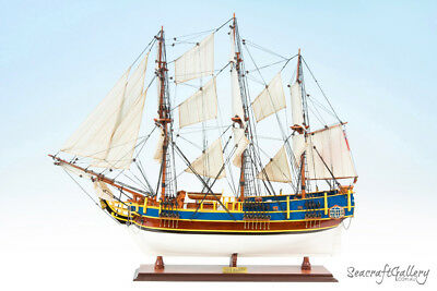 New Handcrafted Wooden Model Ship Boat Hms Bounty Painted 75Cm