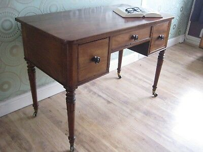 Outstanding c1820 GEORGIAN Solid Mahogany Antique Dressing Table/Kneehole Desk
