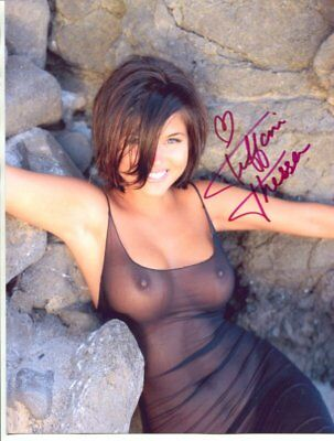 Tiffany Amber Thiessen Signed autograph NO RESERVE B1632