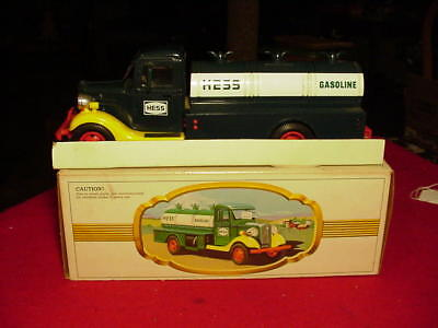 The First Hess truck 1980 Hong Kong Gasoline In Box Collectors Vintage Retro