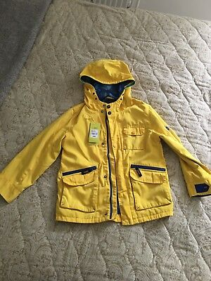 BOYS TED BAKER yellow jacket size 10y with hood