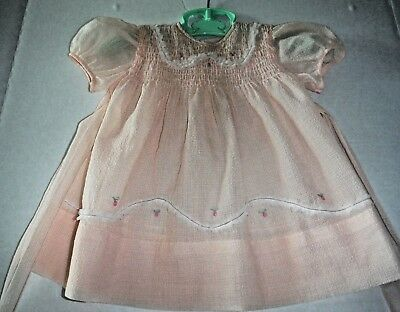 VIntage 50s Toddler Girl Dress Pale Apricot Nylon SS Smocked Flowers Detailing