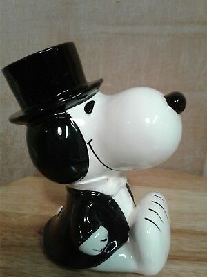Mint Condition, Original Peanuts 1958,1966 Snoopy with Top Hat Coin Bank