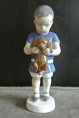 Vintage Bing and Grondahl (B&G) Figurine 1747 'Ole'