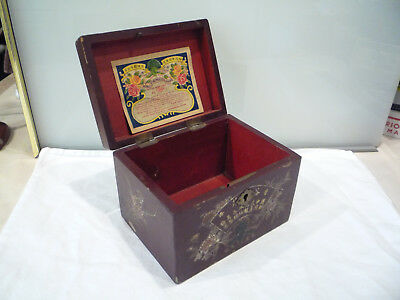 Vintage Lacquered Wood Locking Tea Box Caddy & Key - Hong Kong China Yue Mou Co.