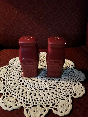 Longaberger Woven Trad Pottery PAPRIKA RED Soft Square Salt and Pepper Shakers