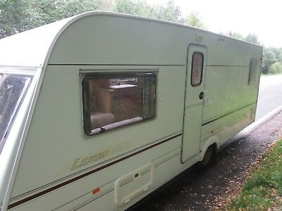 2000 Lunar Lexon Eb,4 Berth,fixed Bed Caravan With Extras.
