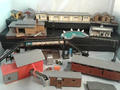 HO Scale Model Railroad Buildings Scenery Lot 10 Plus Pieces And More