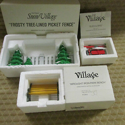 Lot 3 Dept. 56 Accessories Sld & Skis Park Bench Frosty Tree Lined Picket Fence